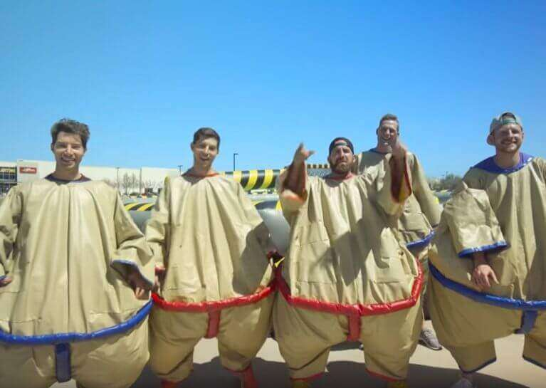 Sumo fight suit